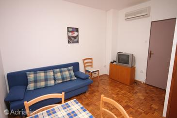 Sveti Petar, Living room in the apartment, air condition available, (pet friendly) and WiFi.