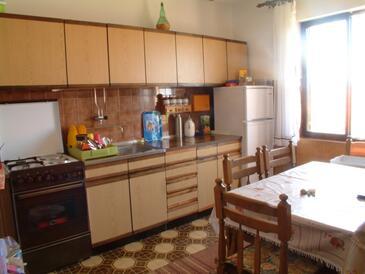 Kuchyně    - A-359-a