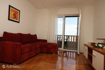 Makarska, Living room in the studio-apartment, dostupna klima i WIFI.