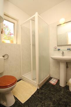 Badezimmer   Zimmer S 386 A   Ferienwohnungen Und Zimmer Valun (Cres)   386