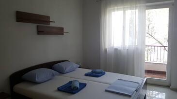 Valun, Ložnice v ubytování typu room, s klimatizací a WiFi.