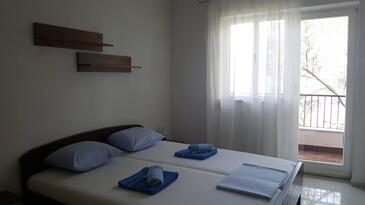 Valun, Bedroom in the room, air condition available and WiFi.