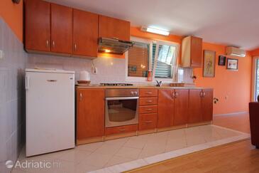Kuchyně    - A-393-a