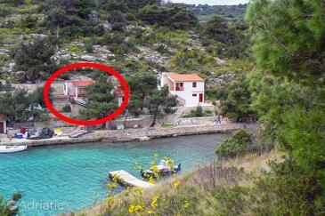 Dumboka, Dugi otok, Objekt 395 - Ubytování v blízkosti moře s kamenitou pláží.