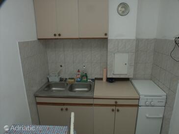 Kuchyně    - K-399