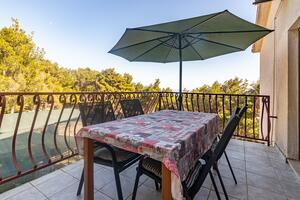 Apartments by the sea Jagodna (Hvar) - 4000