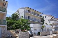 Apartments with a parking space Hvar - 4004