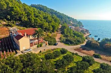 Tvrdni Dolac, Hvar, Hébergement 4008 - Appartement à proximité de la mer avec une plage de galets.