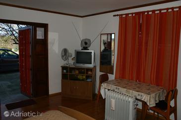 Vrboska, Dining room in the studio-apartment, WIFI.