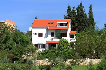 Stari Grad, Hvar, Property 4015 - Apartments with pebble beach.