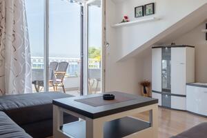 Apartments by the sea Jelsa, Hvar - 4017