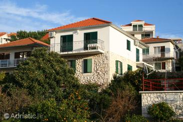 Hvar, Hvar, Property 4021 - Apartments with pebble beach.