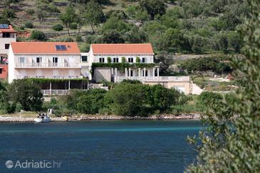 Soline, Mljet, Property 403 - Apartments by the sea.