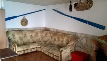 Virak, Obývací pokoj v ubytování typu apartment, domácí mazlíčci povoleni a WiFi.