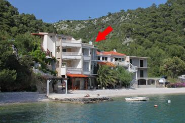 Smokvina, Hvar, Obiekt 4036 - Apartamenty przy morzu ze żwirową plażą.