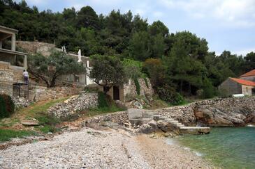 Skozanje, Hvar, Object 4039 - Vakantiehuis near sea with pebble beach.