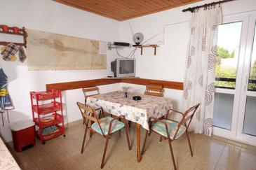 Mudri Dolac, Dining room in the apartment, dopusteni kucni ljubimci i WIFI.