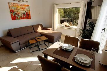 Mudri Dolac, Dining room in the apartment, dostupna klima, dopusteni kucni ljubimci i WIFI.