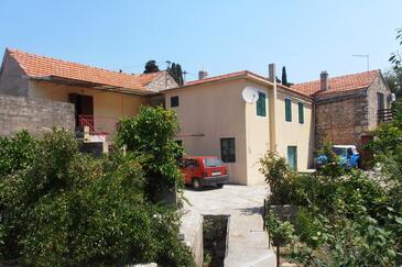 Vrisnik, Hvar, Obiekt 4051 - Apartamenty ze żwirową plażą.
