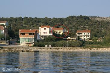 Jakišnica, Pag, Property 4053 - Apartments and Rooms near sea with pebble beach.