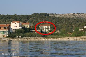 Jakišnica, Pag, Property 4054 - Apartments near sea with pebble beach.