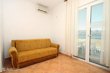 Zubovići, Living room in the apartment, air condition available and (pet friendly).