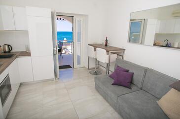 Novalja, Jídelna v ubytování typu apartment, dostupna klima, dopusteni kucni ljubimci i WIFI.