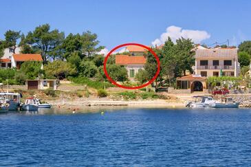 Jakišnica, Pag, Obiekt 4078 - Willa przy morzu ze żwirową plażą.