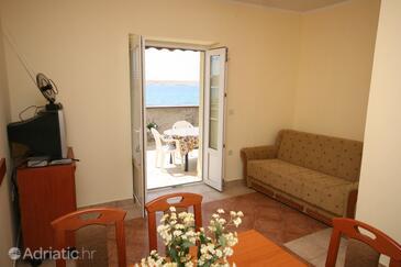 Kustići, Living room in the apartment, dopusteni kucni ljubimci i WIFI.