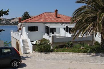 Stara Novalja, Pag, Property 4090 - Apartments by the sea.