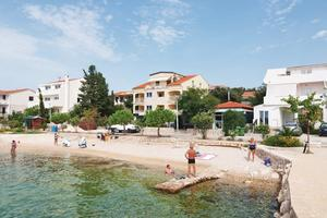Apartments by the sea Mandre (Pag) - 4092