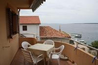 Apartments by the sea Mandre (Pag) - 4095