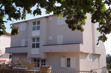 Potočnica, Pag, Propiedad 4096 - Apartamentos with sandy beach.