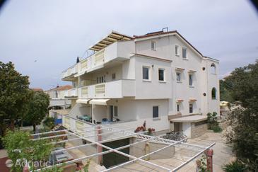 Mandre, Pag, Property 4098 - Apartments near sea with pebble beach.