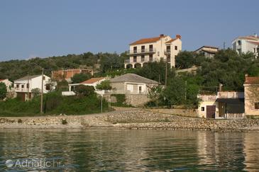 Jakišnica, Pag, Objekt 4100 - Ubytování v blízkosti moře s oblázkovou pláží.