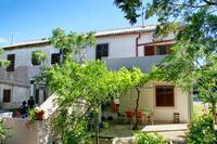 Apartments by the sea Mandre (Pag) - 4105