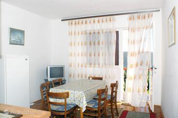 Vlašići, Jídelna v ubytování typu apartment, s klimatizací a WiFi.