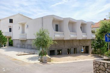 Mandre, Pag, Property 4132 - Apartments and Rooms with pebble beach.