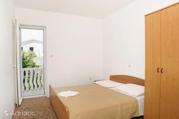 Mandre, Bedroom in the room, dopusteni kucni ljubimci.