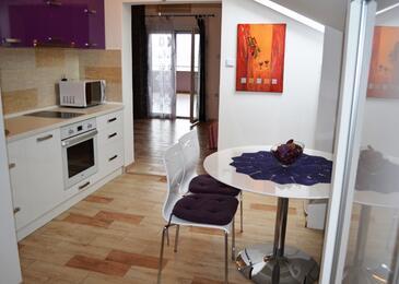 Smokvica, Dining room in the apartment, dopusteni kucni ljubimci i WIFI.