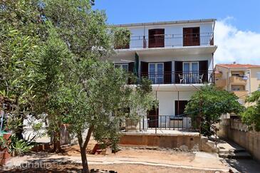 Stara Novalja, Pag, Property 4142 - Apartments by the sea.