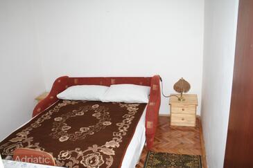 Vlašići, Bedroom in the room.