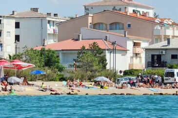 Pag, Pag, Объект 4149 - Апартаменты вблизи моря с галечным пляжем.