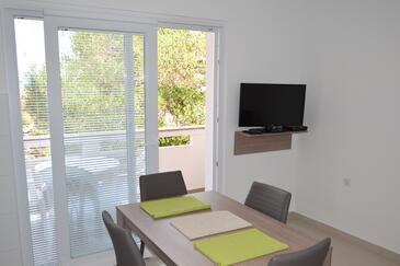 Jakišnica, Esszimmer in folgender Unterkunftsart apartment, Klimaanlage vorhanden, Haustiere erlaubt und WiFi.