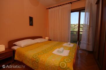 Jakišnica, Ložnice v ubytování typu room, s klimatizací, domácí mazlíčci povoleni a WiFi.