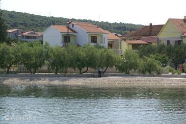 Bibinje, Zadar, Objekt 4197 - Ubytování v blízkosti moře s oblázkovou pláží.