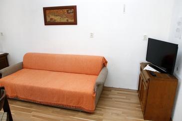 Vrgada, Living room in the apartment, dostupna klima i dopusteni kucni ljubimci.
