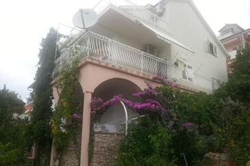 Bilo, Primošten, Property 4208 - Apartments by the sea.
