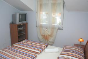 Appartements avec parking Vodice - 4210