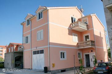 Vodice, Vodice, Property 4214 - Apartments with pebble beach.